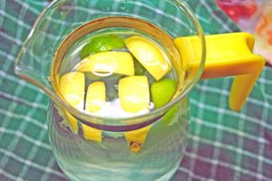 What can I drink to lose weight fast with lemons?